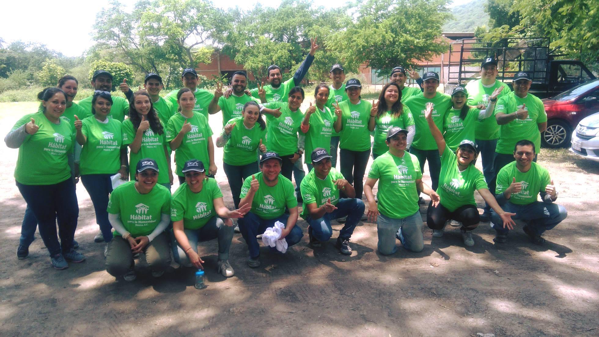 Voluntarios de Bridgestone se suman a la Reconstrucción de Morelos