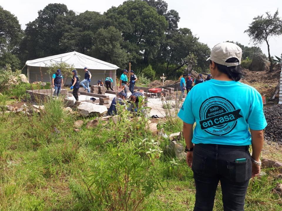 Voluntarios de PepsiCo colaborar por construcción de viviendas