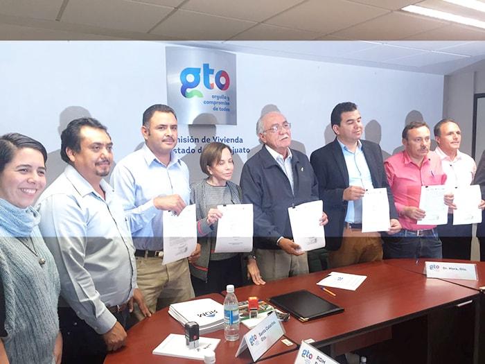 Celebramos la firma de 100 nuevas soluciones de vivienda con la Comisión de Vivienda de Guanajuato