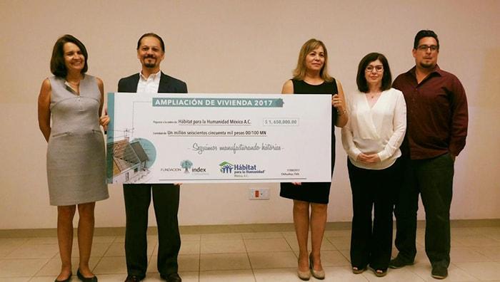 Fundación Index firma convenio con Hábitat para la Humanidad; ampliarán 30 hogares de familias de la industria manufacturera